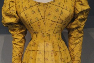 c1827 Dress Waistband
